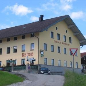 Hotelbilleder: Gasthaus Namberger, Traunreut