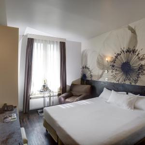 Hotel Pictures: Hotel Vivaldi, Puteaux