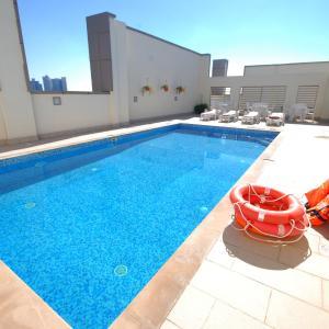 Foto Hotel: Ramee Rose Hotel Apartments, Abu Dhabi