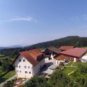 Foto Hotel: Kuscherhof, Moosburg