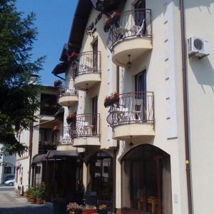 Hotellikuvia: B&B Villa Una, Bihać