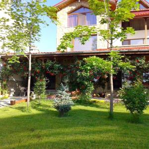 Hotel Pictures: Todorovi Guest House, Stara Zagora