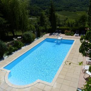Hotel Pictures: Chambre d'hôtes La Méridienne, Venterol