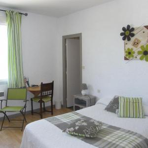 Hotel Pictures: Hôtel Le Week-End, Pont-du-Châtel