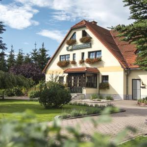 Hotel Pictures: Landhotel Waldblick, Pulsnitz