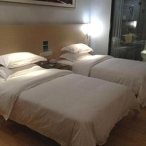 Hotel Pictures: City Comfort Inn Guigang Middle Zhongshan Road, Guigang