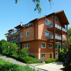 Hotel Pictures: Hotel Pension Gabriela, Bad Krozingen