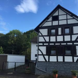 Hotelbilleder: Urfey22 Home, Mechernich