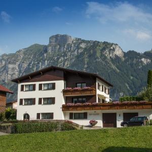 Hotellikuvia: Gästehaus Lässer, Mellau