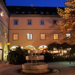 Hotellikuvia: Hotel Goldener Brunnen, Klagenfurt