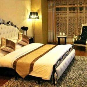 Hotel Pictures: Wanda 8023 Riverview Theme Apartment, Fushun