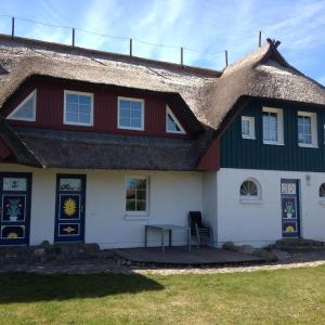 Hotel Pictures: Auster am Bodden, Born