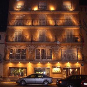 Hotel Pictures: Restaurante Hotel Tall de Conill, Capellades