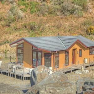 Hotel Pictures: Gwalia Falls, Aberporth