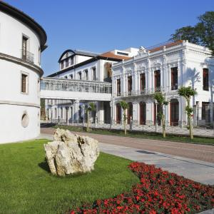 Hotel Pictures: Gran Hotel Las Caldas Villa Termal, Las Caldas