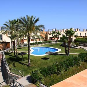 Hotel Pictures: Apartamentos Yucas Valle del Este, Vera
