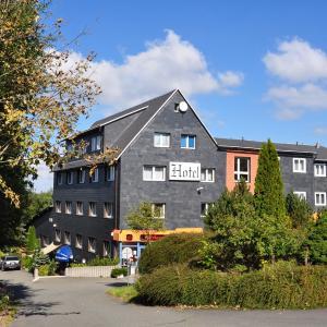 Hotel Pictures: Hotel An der Alten Porzelline, Neuhaus am Rennweg