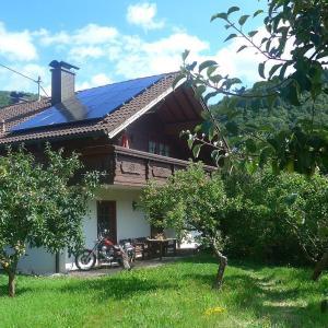 Hotelbilleder: Nurburgringrooms Apartment Breidscheid, Adenau