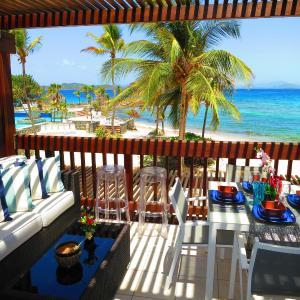 Zdjęcia hotelu: Sapphire Beach and Marina - Condo D207, East End
