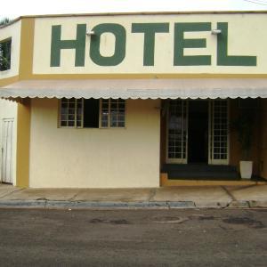 Hotel Pictures: Hotel Colonial, Lençóis Paulista