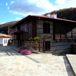 Fotografie hotelů: Voevodski Eco Complex, Katunishte