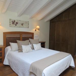Hotel Pictures: Pensión Arbidel, Ribadesella