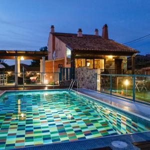 Hotel Pictures: Hotel Rural El Tejar de Miro, Ceadea