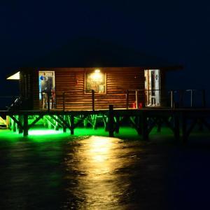 Hotel Pictures: Isla Marisol Resort, Glovers Reef