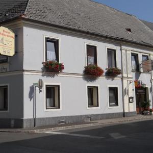 Fotos del hotel: Schlummerburg, Weißkirchen in Steiermark