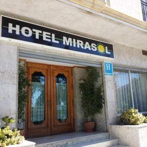Hotel Pictures: Hotel Mirasol, Órgiva