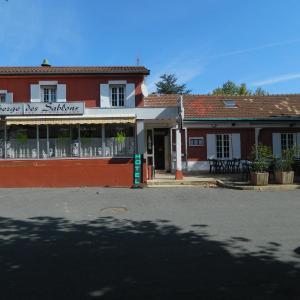 Hotel Pictures: Auberge des Sablons, Taponas