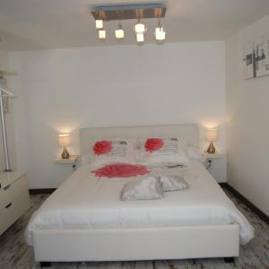 Hotel Pictures: B&B Villa Castelnau Montpellier, Castelnau-le-Lez