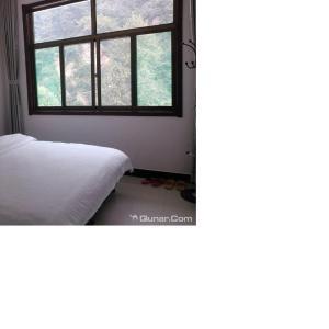 Hotelbilder: Wuyuezhai Xiangcunrenjia Inn, Lingshou