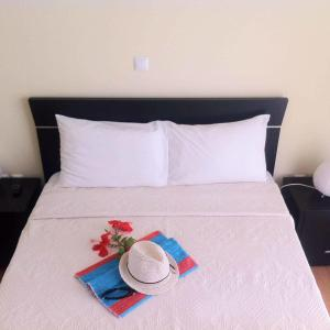 Hotel Pictures: Residencial Sol Point Art, Ponta do Sol