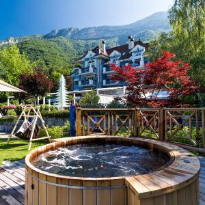 Hotel Pictures: Hôtel Restaurant Yoann CONTE Bord du Lac, Veyrier-du-Lac