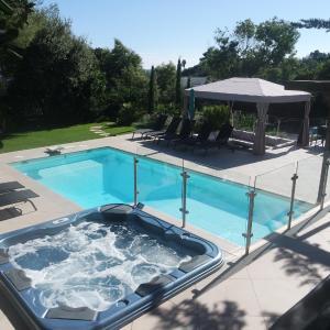 Hotel Pictures: Villa Perle De La Mer, Saint-Aygulf