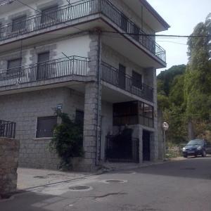 Hotel Pictures: Casa Belen I y II, Madroñal