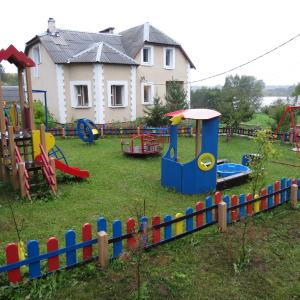 Hotel Pictures: Country House Ostrov Lyany, Ostrovlyane