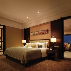 Hotel Pictures: Yandong Business Hotel Qilu Street, Qihe