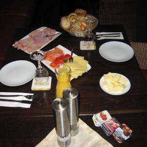 Hotel Pictures: Hotel-Restaurant Eifeler Hof, Mayen