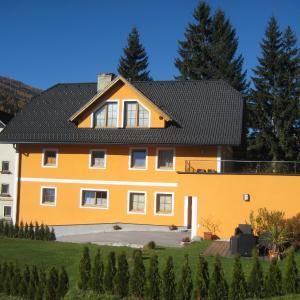 Hotellikuvia: Ferienwohnung Mohr, Sankt Michael im Lungau