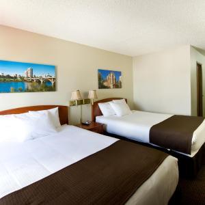Hotel Pictures: Riviera Motor Inn, Saskatoon