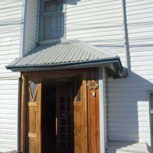 Hotel Pictures: Hostal Carlitos, Puerto Natales