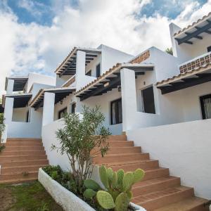 Hotel Pictures: Pinomar - Formentera Vacaciones, Es Calo