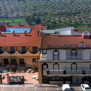 Hotel Pictures: Hotel Avenida, Beas de Segura