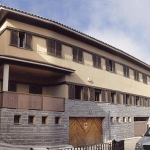 Hotel Pictures: Albergue Camarena De La Sierra, Camarena de la Sierra