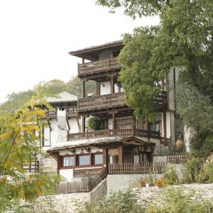 Hotel Pictures: Balkandzhiiski Kashti, Delchevo