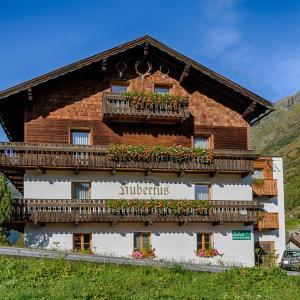 Hotelbilleder: Haus Hubertus, Galtür