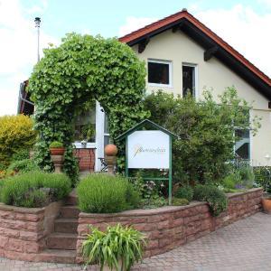 Hotelbilleder: Ferienwohnung Blumenschein, Kirchzell
