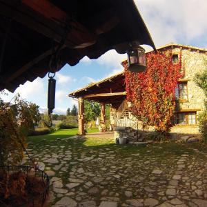 Hotel Pictures: Casa Rural Cal Rei, Lles